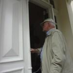 Hemingway revisits his home