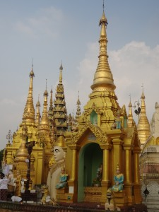 Shwedagon - countless stupas