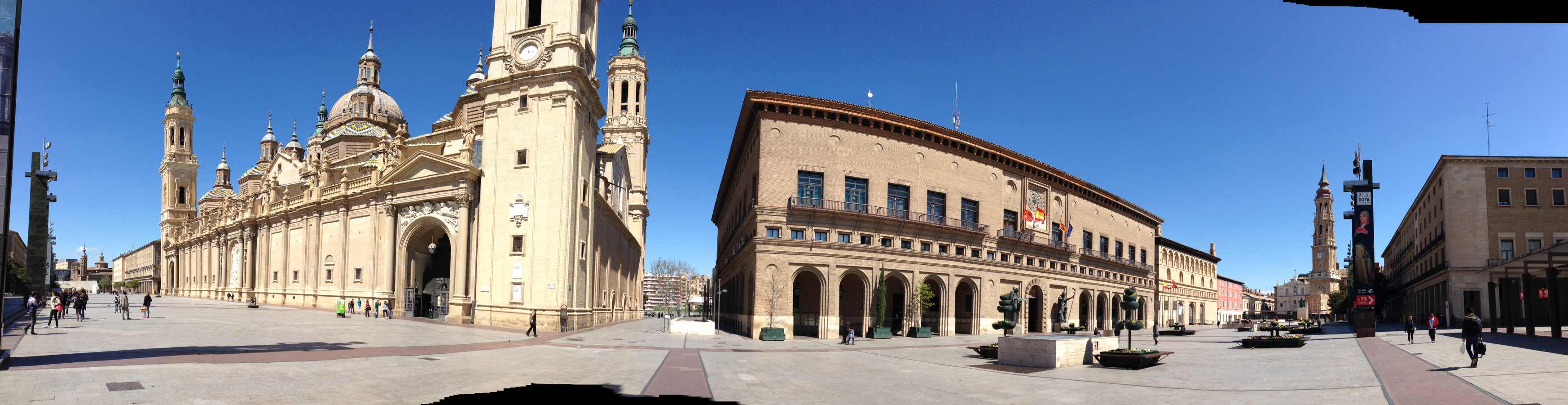 Plaza El Pilar